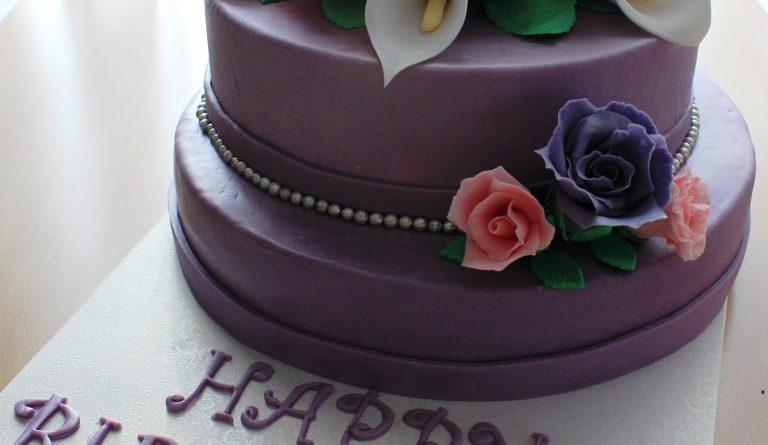 Torte Geburtstag, Geburtstags Motivtorte, Motivtorte Geburtstag, Torte mit Blumen, Zuckerblumen Torte, Zuckerblumen Motivtorte