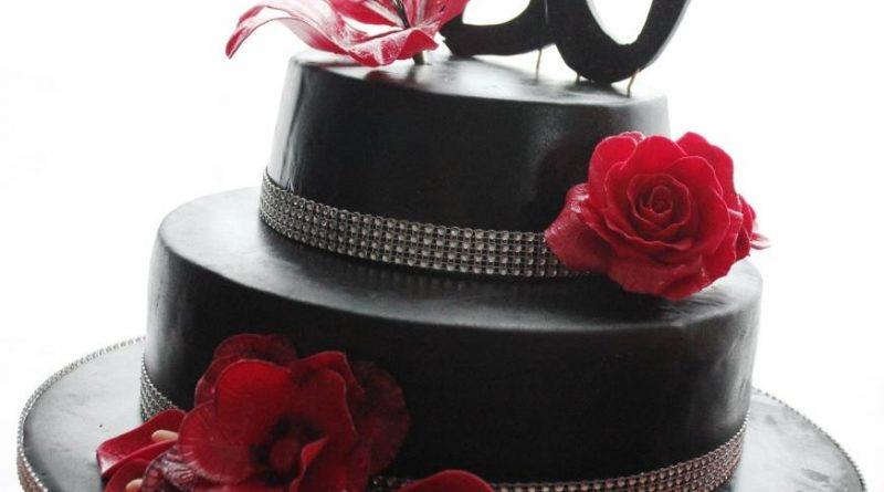 Geburtstagstorte, Motivtorte, Torte zum Geburtstag, 30 Geburtstag, Blumen, Torte schwarz