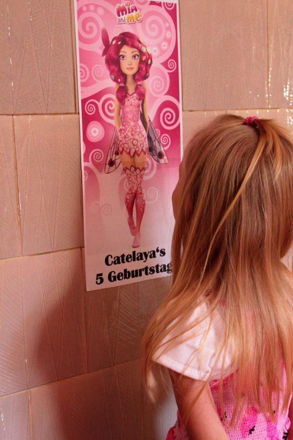 Mia and Me Einladungen, Mia and Me Einladungskarten, Mia and Me Einladungen basteln, Basteln, DIY, Mia and Me Party, Mia and Me Kindergeburtstag, Mia and Me Geburtstagsparty, Kindergeburtstag, Fee Kindergeburtstag, Einladund Kindergeburtstag basteln, DIY Einladungen, Mia and Me Mottoparty, Mia and Me Motivtorte, Mia and Me Kuchen, Mia and Me Torte