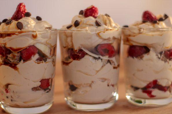 Mascarpone Kaffee Traum - Dessert - Nachtisch - lecker - Nachspeise - Mascarpone - Kaffee - Kinder - Kakao - Früchte - Beeren - Bananen - Schokolade - Schoko