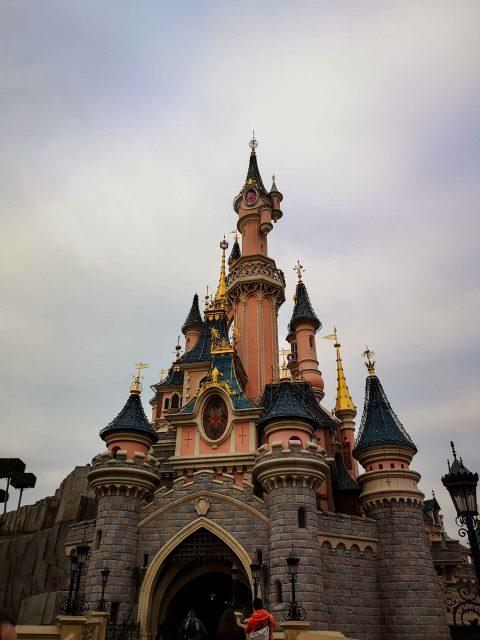 1-Tag-im-Disneyland-Paris-Disneyland-Disney-Disney-magie-Disney-Schloss-Paris-Frankreich-Reisen-mit-Kindern